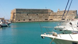 heraklion port creta plan travel